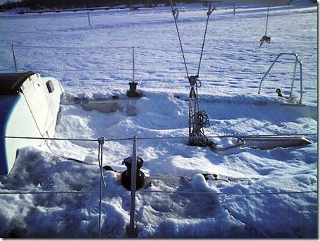sailing yacht snow blur.se