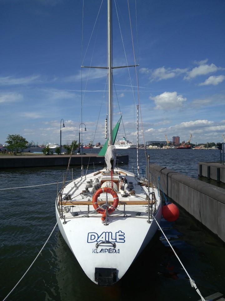jachta Dailė Smiltynės jachtų uostas arbusis.lt